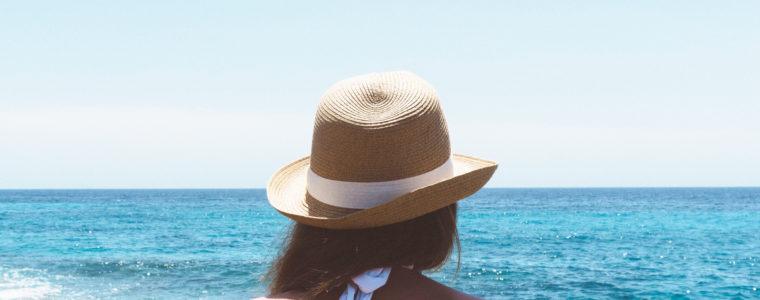 UV Zaščita: Naj se vaši lasje brezkrbno kopajo v morju in soncu